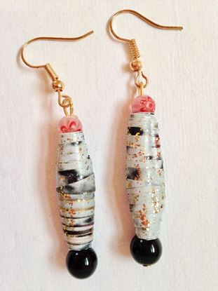 Picture of Earrings, black, white and pink
