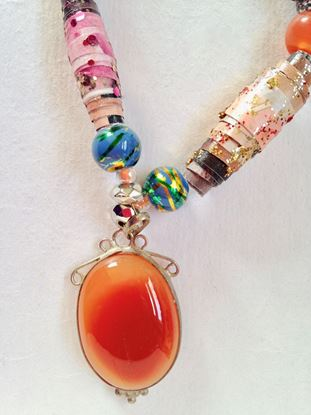 Picture of Necklace with Apricot pendant